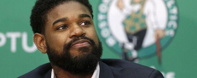 Amir Johnson, o primeiro na historia dos Celtics